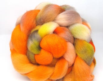 Hand Dyed Roving Combed Wool Top Whitefaced Woodland 100g WW40