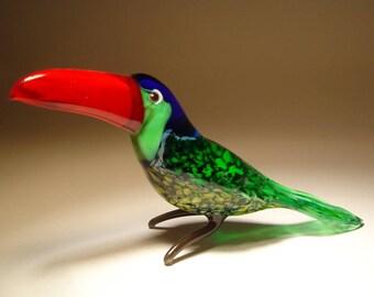 Handmade Blown Glass Figurine Art Bird TOUCAN with Red Beak