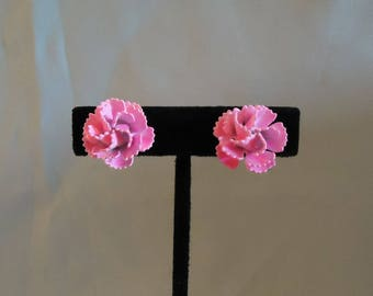 Bright Pink Flowers Clip On Earrings Three Dimensional Round Shaped Petals Mums Vintage 1970's Costume Jewelry Accessories Elsysvintage