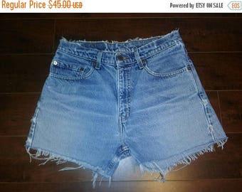 Closing Shop 40%off SALE Levi's 505  Vintage Jean shorts zip fly Waist W 31