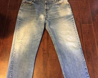 Closing Shop 40%off SALE 501 Levis 90s Jeans   Waist W 46    Plus size Levis 501