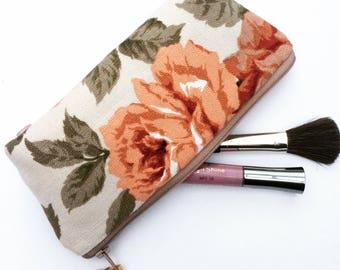 Sandersons Vintage Floral Fabric Makeup Bag, Cosmetics Bag, Zipper Case, Cosmetics Case, Make Up Pouch, Vintage Flowers