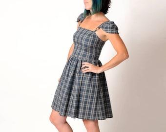 Grey checkered dress, Grey summer dress with straps or cap sleeves, Grey plaid short dress, Grey womens dresses, MALAM, size FR38/UK10