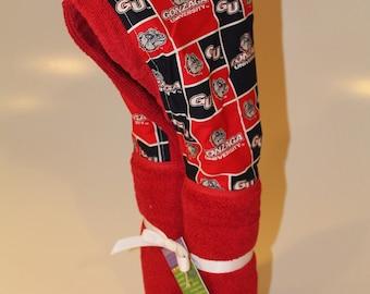Gonzaga red hooded towel