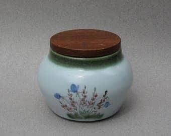 Vintage Buchan Scotland Storage Jar Buchan Finest Stoneware Portobello Scotland Clover & Scottish Heather Calluna Pottery Lidded Jar #344742
