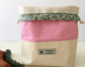 Bubblegum project bag/ knitting project bag/ craft bag / multi-purpose bag