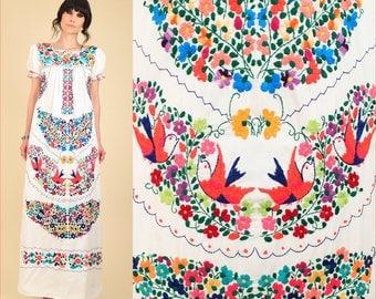 Rare ViNtAgE 70s Floral Embroidered Mexican Maxi Dress // Cotton Artisan Handmade Hippie BoHo Wedding Summer Flowers