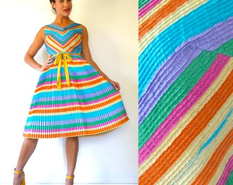 SUMMER SALE / 20% off Vintage 60s Multicolored Chevron Striped Accordion Pleated Fit and Flare Party Dress with Pin Tucked Bodice (size xs,