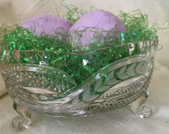 Vintage Mid Century Period Cut Glass Crystal Footed Bowl w Frosted Leaves