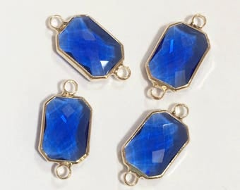 4 pcs of  Glass faceted rectangle with  brass setting 22x10mm Royal Blue , glass connector 1/1 loop gold tone
