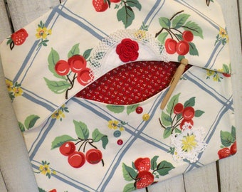 Clothes pin bag retro vintage farmhouse retro red Cherries Strawberries ECS RDT FVGteam