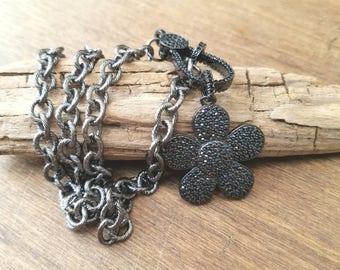 Rhinestone Spinel Flower Pendant Clasp Oxidized Rodoum Sterling Silver Necklace