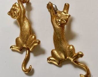 Dangling Cat Pierced Earrings Designer Signed JJ Gold Tone Vintage