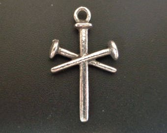 3 Nail Cross - Silver Charm - Low Shipping