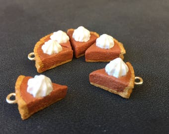 Homemade Pumpkin Pie: Tiny Slices of Pie Stitch Markers for Knitters & Crocheters