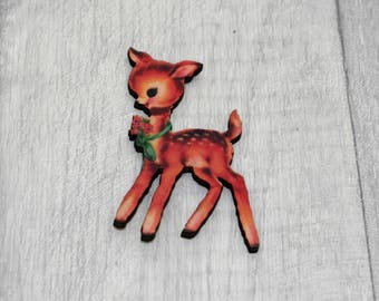 Christmas Fawn Brooch, Deer Badge, Woodland Illustration, Wood Jewelry, Animal Brooch