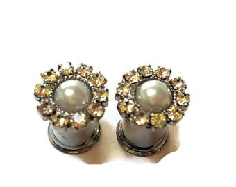 Wedding Plugs-0g 8mm-2g 6mm-4g 5mm-Wedding Gauges-Pearl Plugs-Prom Plugs-Bridal Plugs-Stretched Ears-Steel Plugs-Bridal Gauges-Girl Gauges