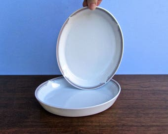 Noritake Exculsively for United Airlines' First Class Passengers - 2 Heavy Oviod Porcelain Dinnerplates, From Oven to Table Cookware