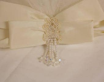 60s vintage wedding veil with ivory bow and off white netting, added faux pearls/lace and white netting elbow length