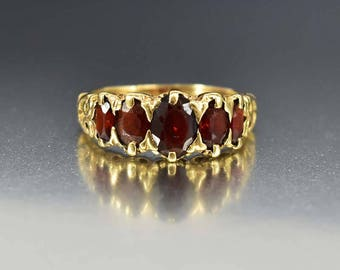 Vintage Gold Garnet Ring, Five Stone Alternative Wedding Band Engagement Ring, Victorian Ring, Stacking Ring, Fine Jewelry, Birthstone Ring