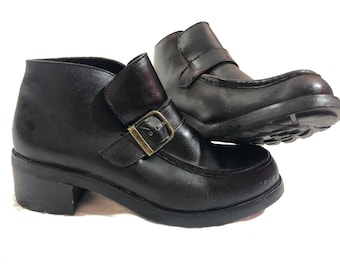 Vintage 90's Wild pair black leather oxford button clueless shoes 9