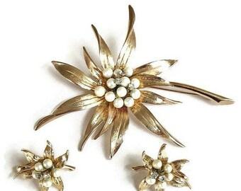 SALE Large Faux Pearl Flower Brooch and Earrings Set Vintage Rhinestones