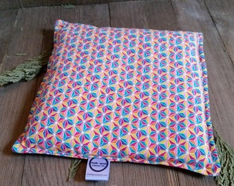 Aromatherapy Hot Cold Pack Microwave Flax Seed Organic Lavender Medium 8x8 Square Freezer Herbal Heating Pad Rainbow Stars Geometric