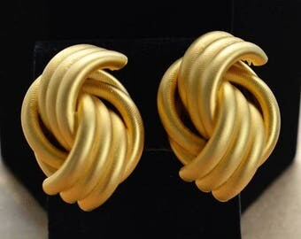 On sale Large Brushed Gold tone Knot Clip Earrings, Vintage, 1980's (H4)