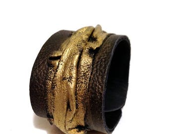 40% OFF SALE 35 Percent OFF Sale Leather cuff bracelet Women cuff Leather jewelry Wristband Casual Elegance collection.