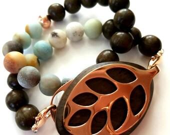Bella Beat Leaf bracelet blue Amazonite and dark brown wood with rose gold finishing