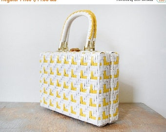 20% OFF SALE vintage 60s purse, 1960s woven box purse, white and yellow basket weave purse
