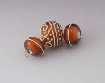 Transparent Topaz Orange over White Light Green Scrollwork Lines Dots Scrolls Texture  Round Bead Set Heather Behrendt BHV SRA LETeam 4983