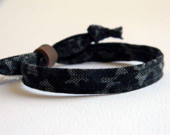 Men bracelet. Camouflage. Adjustable. Fabric and ceramic bracelet. Made in Italy. Grey and black.
