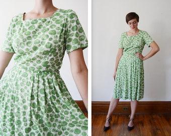 1950s Green Floral Nylon Jersey Dress / 50s Rose Dress - M