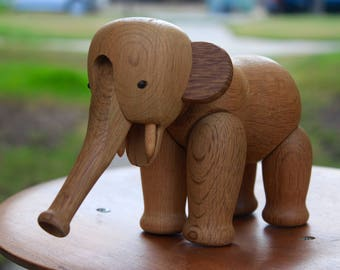 Flawless wooden elephant by Kay Bojesen... Danish Design