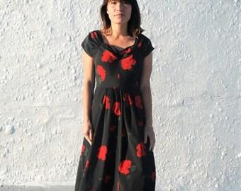 25% OFF SALE Vintage 1940s Black & Red Rose Print Maxi Dress S/M