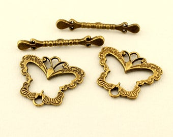 Large Antique Brass Butterfly Toggle Clasp (2 sets)  Jewelry Beading Supplies Findings