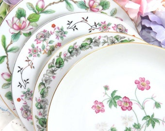 """Set 4 Vintage Mismatched 10"""" Fine China Dinner Plates, Bright Pink Floral, Mix and Match, Wedding, Luncheon or Tea Party, Wall Decor, DP84"""