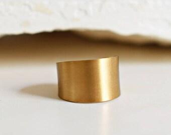 70s Vintage. Brass. Minimalist. Ring