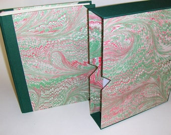 Marbled paper  photo album + case,  Hand bounded Florentine style -  50 sheets + tissue paper -   cm 21 x cm 30 - 1032