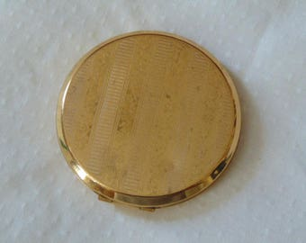 Stratton  vintage powder compact gold tone 1950s
