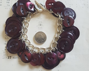 Handmade Recycled Vintage Button Bracelet - Wine Red - Burgundy Buttons - Asymmetric Bracelet - 30 - Chunky Chain
