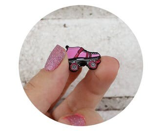 Roller Skate Enamel Pin, Soft Enamel Lapel Pin, Pink Roller Skate, Roller Derby Skater, Small Gift, Stocking Stuffer, Quad Speed Skater Gift