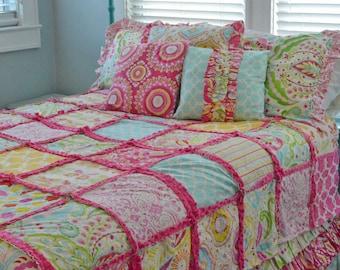 Rag Quilt  Crib, Toddler, Twin Or Full Size Bedding In Kumari Garden Fabric