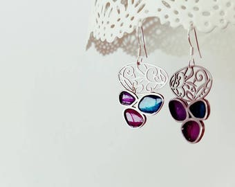 Filigree earrings with colorful resin