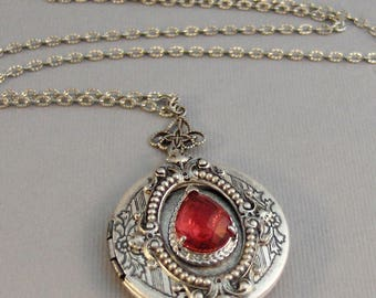 Victorian Ruby,Locket,Antique Locket,Silver Locket,Ruby Stone,Rhinestone,Vintage,Red Stone,Ruby Birthstone,Red Stone,Red Valleygirldesigns.