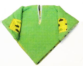 Car Seat Poncho 4 Kozy Kids(TM)pockets, double sided, reversible, opt to add detachable hood & batting, safe, warm-John tractor yellow green