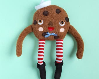 Cookie plush - handsewn plushie toy by Grelin Machin