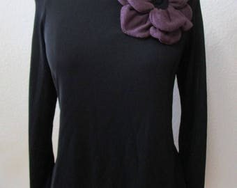 Black color long sleeves wide shoulder top with purple rose decoration plus made in USA.(vn95)