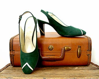 Vintage 1940s High Heels Slingback Pumps Shoes Dark Green Suede and Cream Chevron Triangles / U. S. 8M